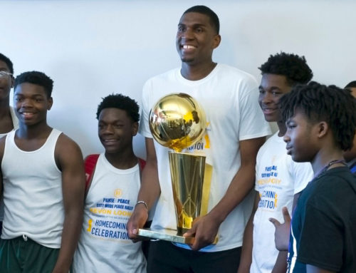 NBA champion Kevon Looney urges kids to keep the peace during homecoming celebration